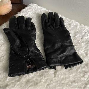 Danier Genuine Leather Gloves